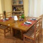 Mesa de Jantar com o Pé quadrado Vasado